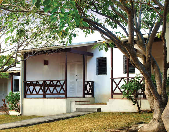 Want to visit Barbados, but don't have a lot of money to spend on accommodation? This small block of one bedroom self contained apartments offer excellent value to the budget conscious. A short walk to the beach and also the Europa Restaurant and Bar.